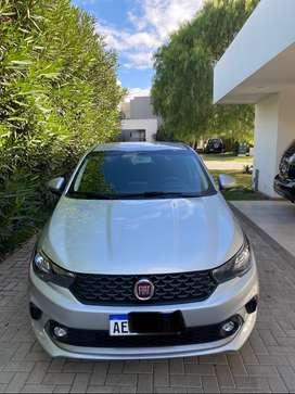 VENDO Fiat ARGO 2020 motor 1.8 sedan 5 puertas como nuevo excelente estado