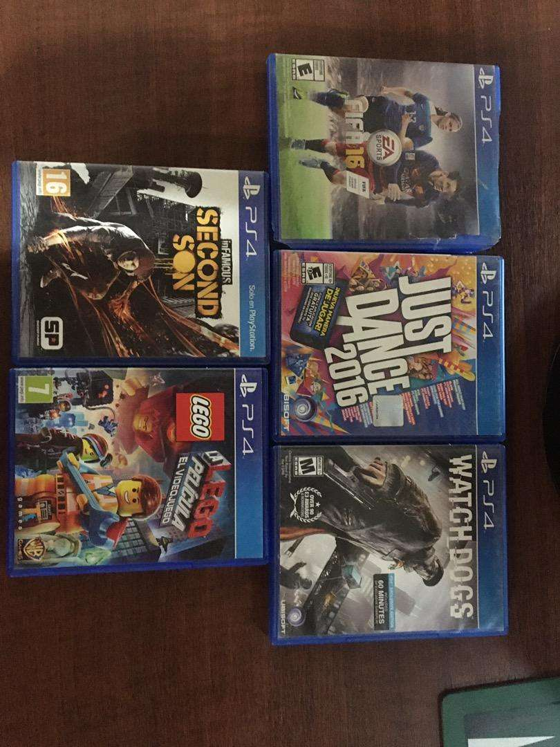 Vendo juegos de PS4. 750 cada uno 0