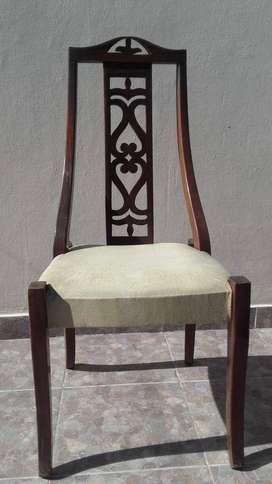 Juego de 6 sillas antiguas de madera estilo inglés.