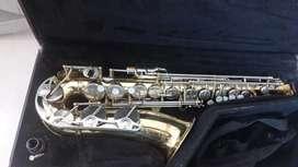 Saxofón alto Yamaha 23