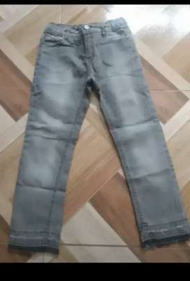 Jeans Cheecky gris talle 6