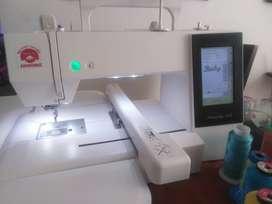 Maquina bordadora digital