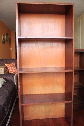 Librero estante de madera