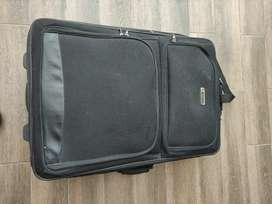 Vendo maleta de viaje grande en muy buen estado