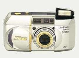 Cámara de 35 mm. Zoom 4 X Nikon