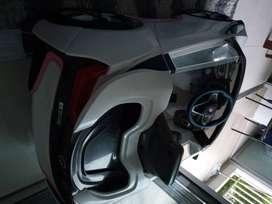 Carro BMW de batería y bicicleta