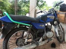 Ax 100 usada