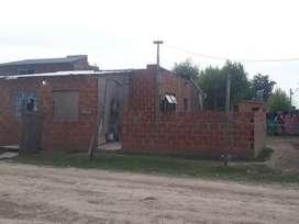 Vendo terreno con casa en Pilar San alejo