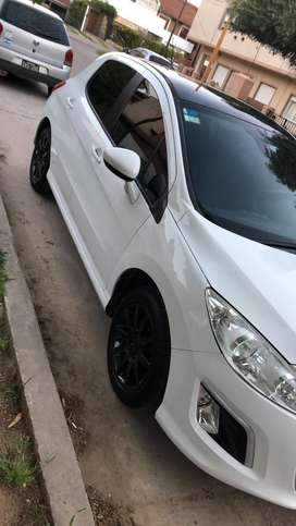 Vendo Peugeot 308 allure nav
