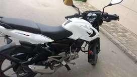 Vendo moto pulsar o cabio por moto automática