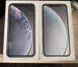 IPHONE XR 64Gb BLANCO Y NEGRO