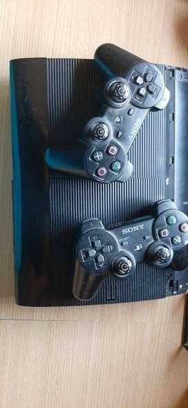 playstation 3 con detalles estéticos + 11 juegos originales