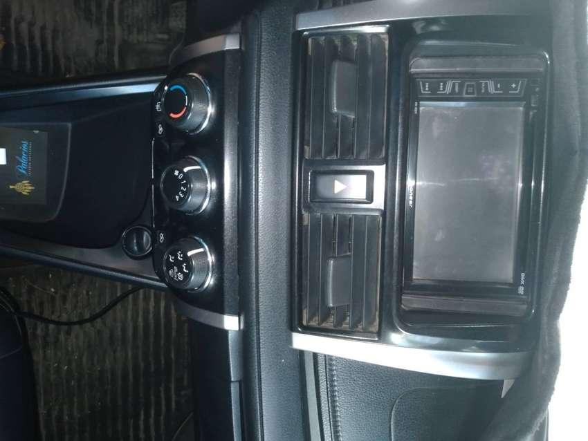 Ocasión vendo Toyota Yaris 2017
