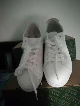 Zapatos nuevos de caja marca polo