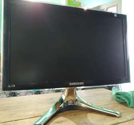 Monitor LED impecable
