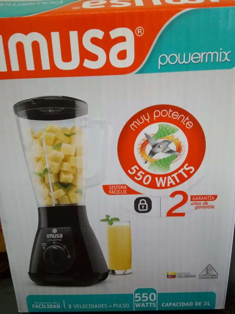 Licuadora Imusa powermix 550 watts