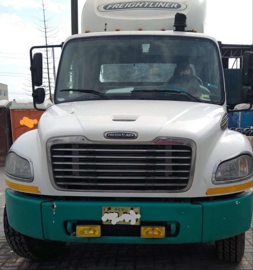 Ocasión - Camión rígido en chasis Freightliner M2 106 6x4 - 2011 - LIMA 0