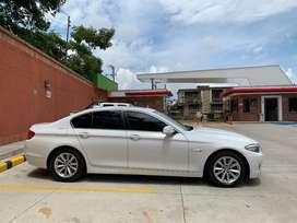 BMW como nuevo 100% funcional