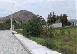 Venta de Terreno en el Centro de Guayllabamba
