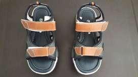 Zapatillas de niño marca Pekes