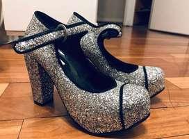 Zapatos altos de Ay Not Dead 36