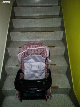 Asiento bebé para auto