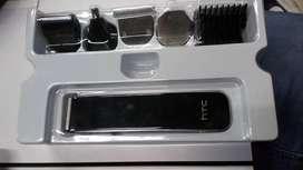 Maquina de afeitar electrica, con cabezas  cambiables para todo uso