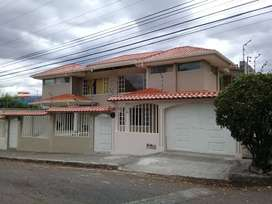 Espectacular Casa Nueva 2 Pisos 4 Dormitorios 5 Baños 4 Garages Patio Jardín