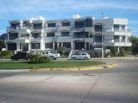 wq53 - Departamento para 2 a 4 personas con cochera en Puerto Madryn