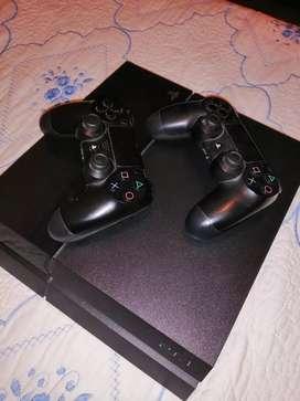 PS4 en excelente estado