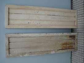 postigos de cedro y chapa