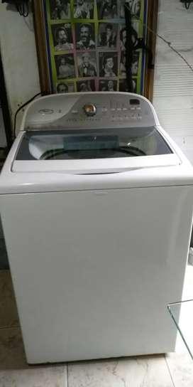 Lavadora Whirlpool de 40 libras