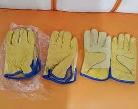 Vendo tres pares de guantes de vaqueta reforzado tipo ingeniero.