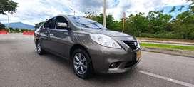 OPORTUNIDAD Vendo Nissan Versa Full Equipo Mod 2013