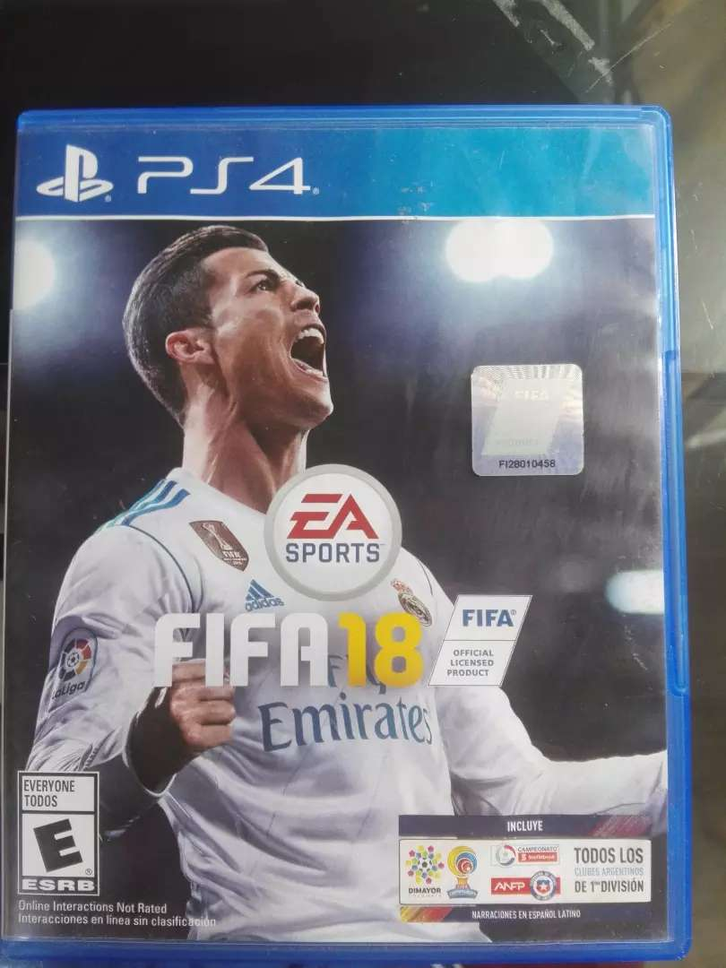 Vendo o cambio FIFA 18 para ps4 $30000 0