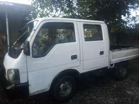 Barato vendo camión doble cabina kiak2700