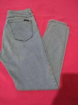 Jeans fini de mujer
