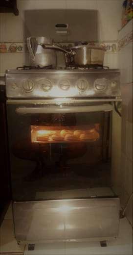 se vende estufa y extractor de olores marca mabe