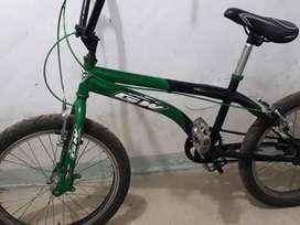 Bicicleta GW en muy buen estado