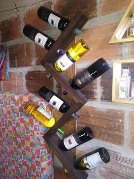 Cava de 8 puestos de vinos