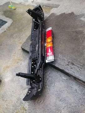 Bomper de camioneta Nissan