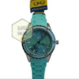 Relojes Análogos QyQ Dama Colores Elegantes