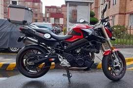 Moto alto cilindraje  f800 r