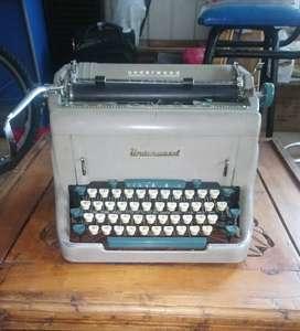 Maquina de escribir Underwood U.S.A