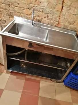 En venta lavaplatos para restaurante