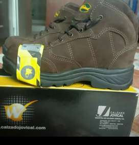 Vendo botas Westland talla 40 nuevas