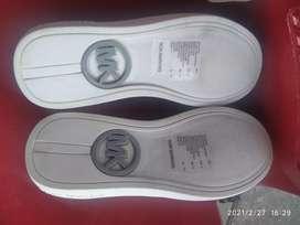 Zapatos Marca Michael Kors Unisex Talla:32 Americanos