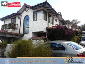 Hermosa en Venta Casa 2 Niveles Jardin Independiente en Conjunto Cumbaya