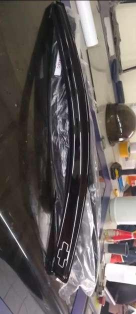 Se venden tejas en acrílico para carro