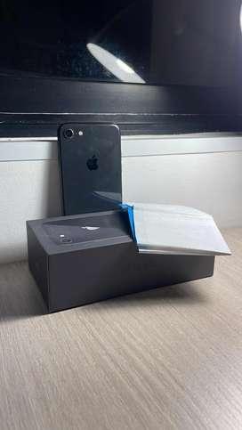 Iphone 8 capacidad 64 gb